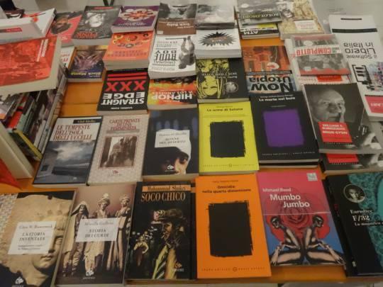 Topi da biblioteca: i volti di Altrolibro