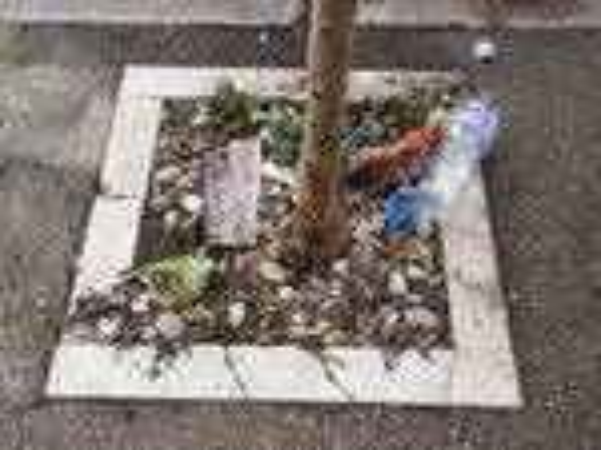Terzo Corso, il 'centro' della sporcizia