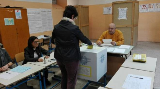 Referendum sulle trivellazioni: le immagini dai seggi