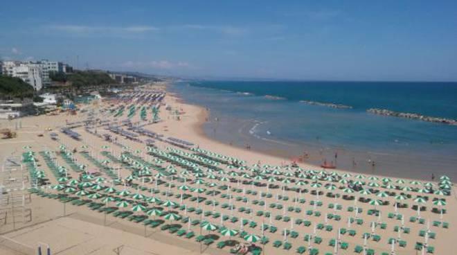 Matrimonio Civile In Spiaggia Puglia : Matrimonio in masseria posti da favola a taranto e provincia