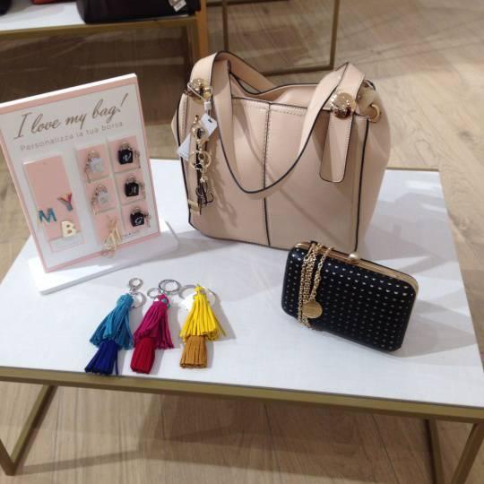 en gros célèbre marque de designer les mieux notés dernier Carpisa: borse e accessori in super-offerta - Primonumero