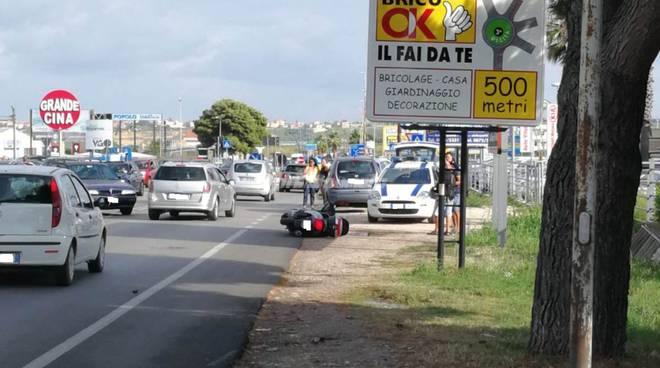 auto-contro-scooter-133181