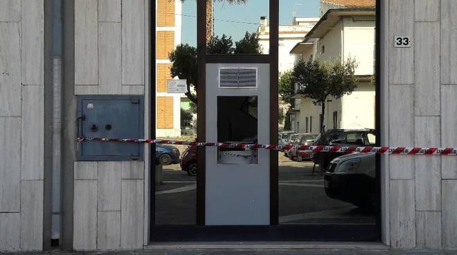 esplosione-bancomat-petacciato-131821