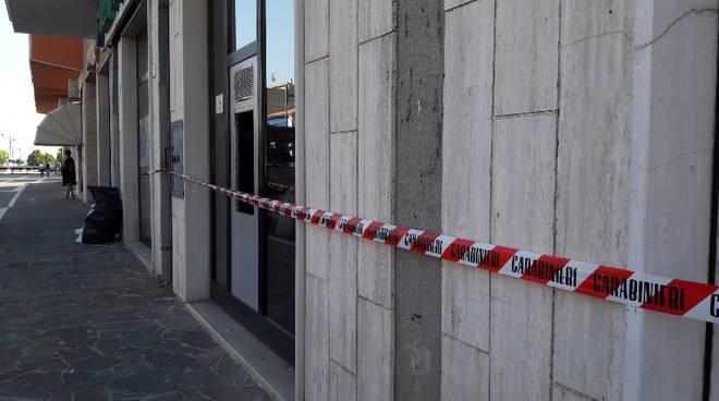 esplosione-bancomat-petacciato-131825