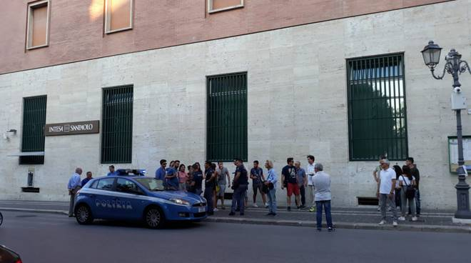 Polizia Campobasso lite