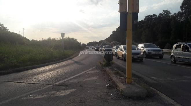 semaforo-traffico-statale-16-132650