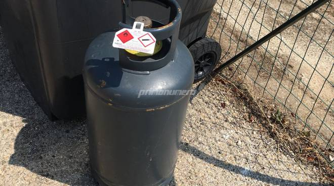 bombola-gas-abbandonata-135414