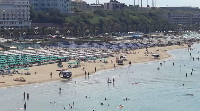 spiaggia ambulanti