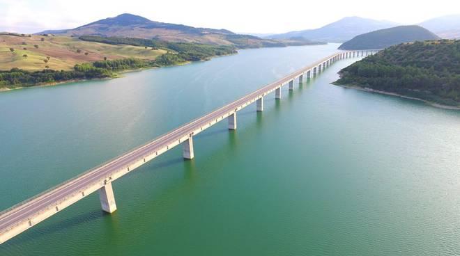 ponte-liscione-135410