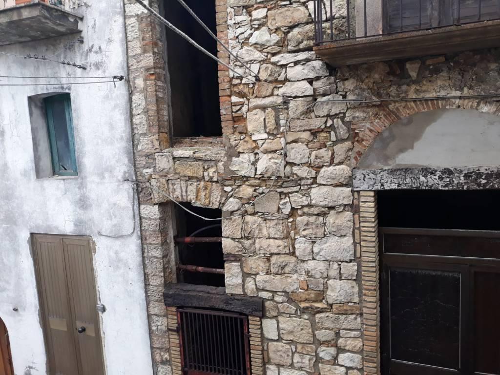 case terremoto Palata
