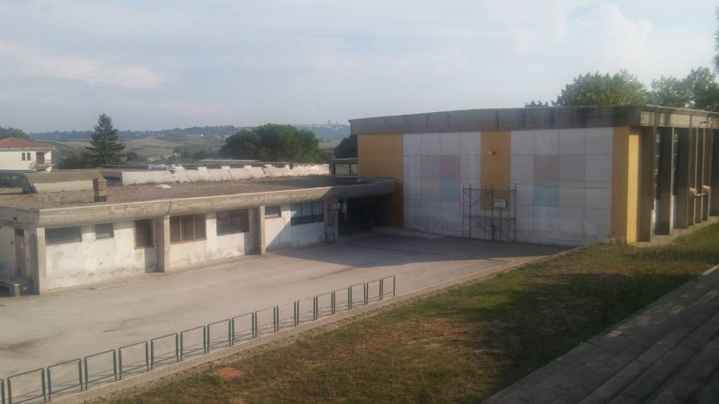 scuola-portocannone-135636