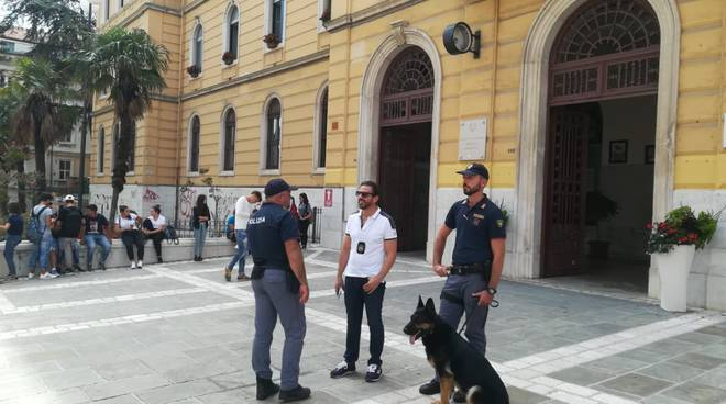polizia controlli antidroga