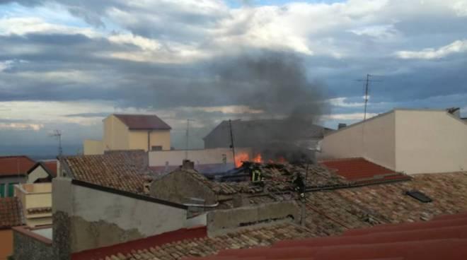 Incendio tetto Guglionesi