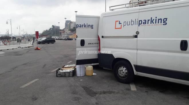 Parcheggi blu porto