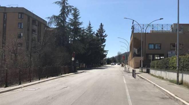 I pericoli stradali di viale Manzoni a Campobasso. Urgono i dossi artificiali.
