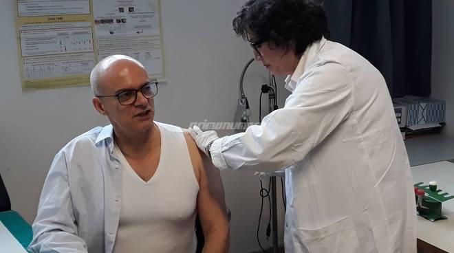 Toma si vaccina