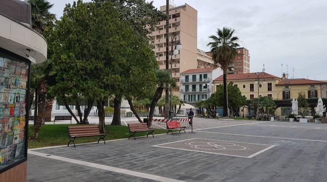 piazza-monumento-termoli-140542
