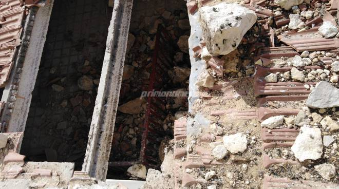 montecilfone-crollo-muro-centro-sociale-140725