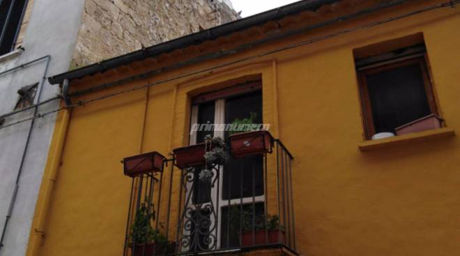 montecilfone-crollo-muro-centro-sociale-140726