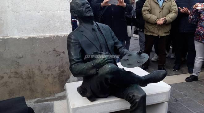 Statua Carlo Cappella