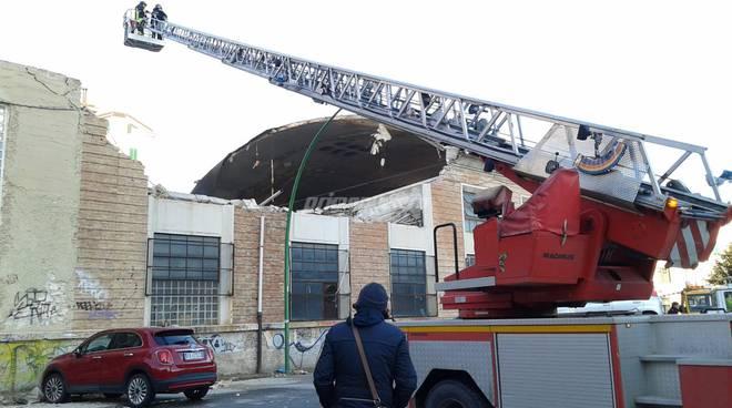 crollo-edificio-enel-143891