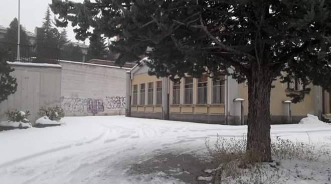Campobasso asilo di via Verga con la neve