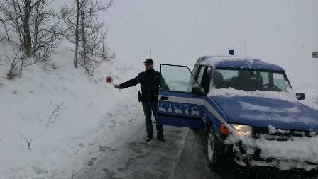 polizia-neve-cb-142855