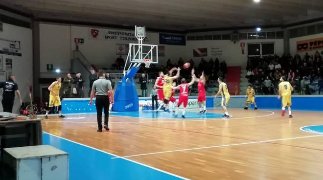 Airino basket 18-19