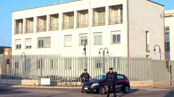 carabinieri-caserma-144170