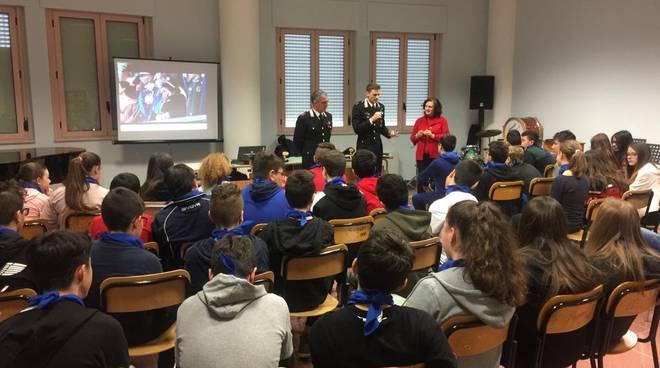 carabinieri nelle scuole
