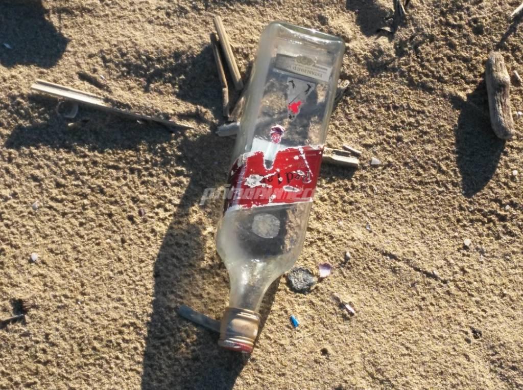 rifiuti-in-spiaggia-145553