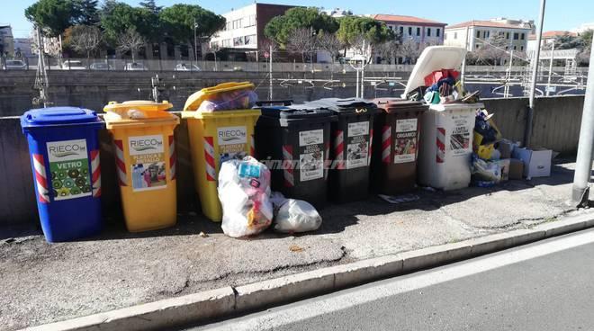 rifiuti-in-via-dante-144981