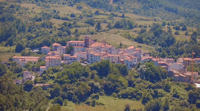 castel-del-giudice-146821