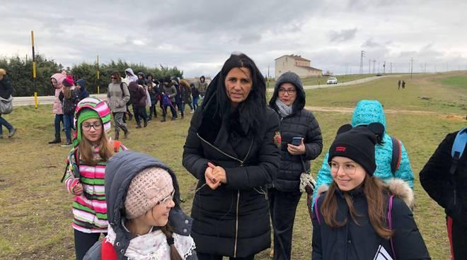 Carmelina Colantuono con alunni
