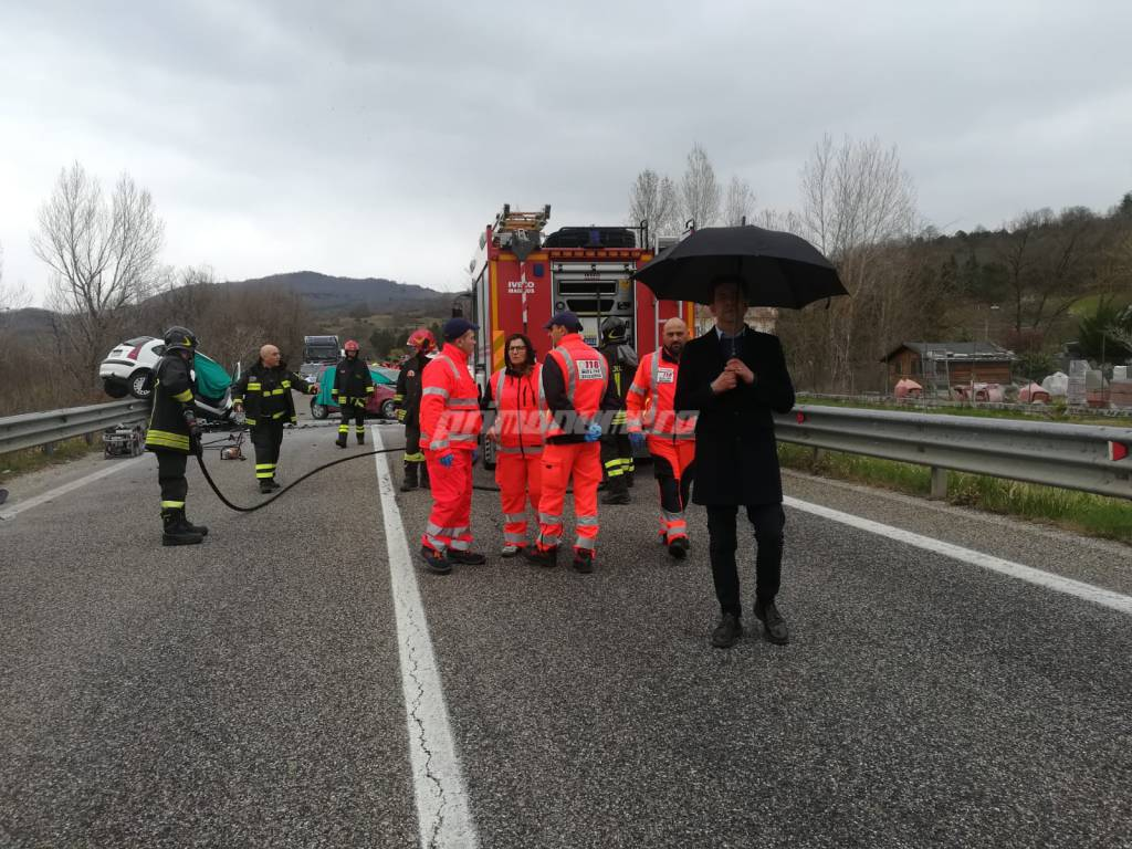 Incidente mortale al bivio per montagano