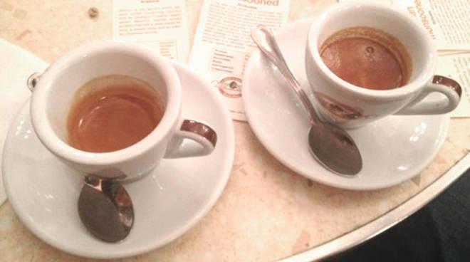 caffe-espresso-2-tazzine-148463