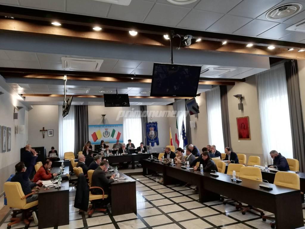penultimo-consiglio-comunale-sbrocca-148944