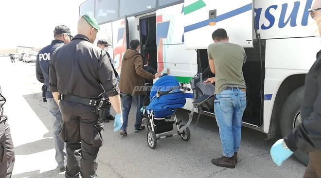 profughi curdi arrivati a termoli