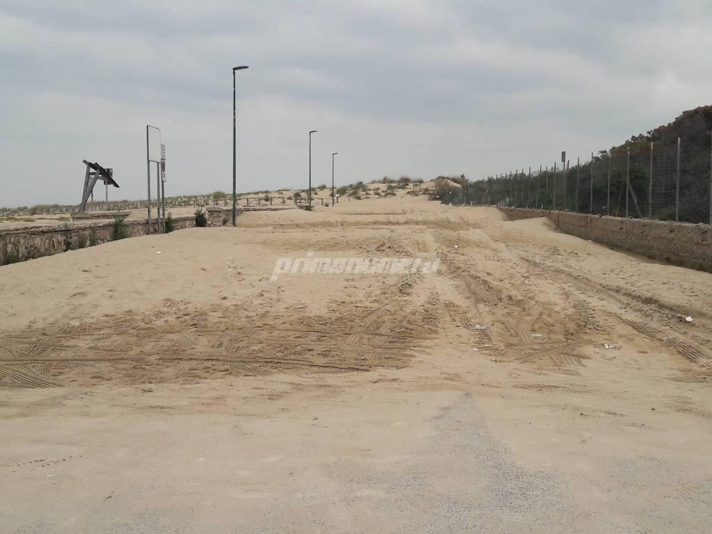 Sabbia piazzale petacciato marina
