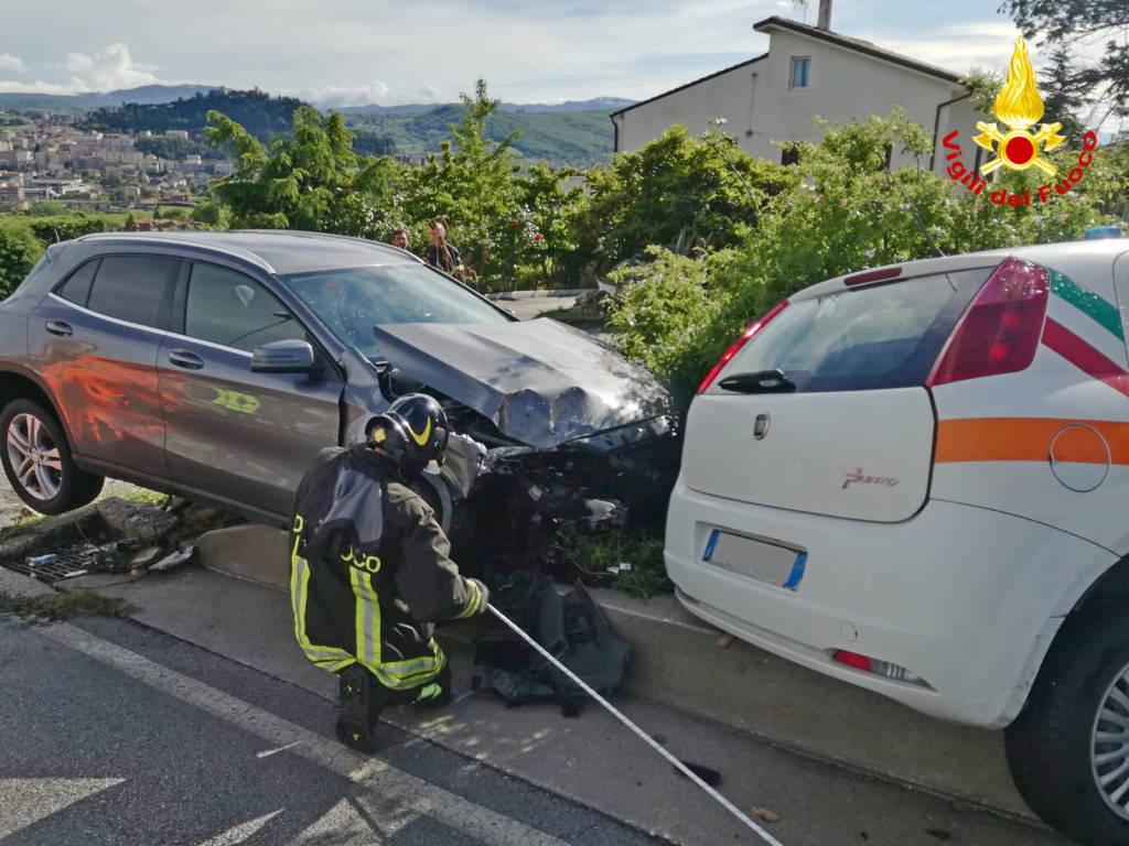 fuga-gas-incidente-colle-api-vigili-del-fuoco-polizia-150798