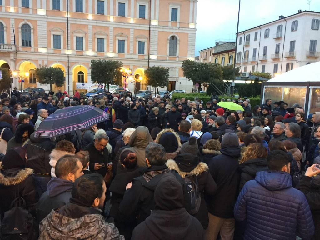 la-protesta-anti-salvini-a-campobasso-150199