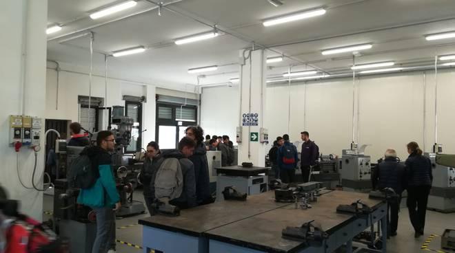 Laboratorio meccanica scuola e lavoro