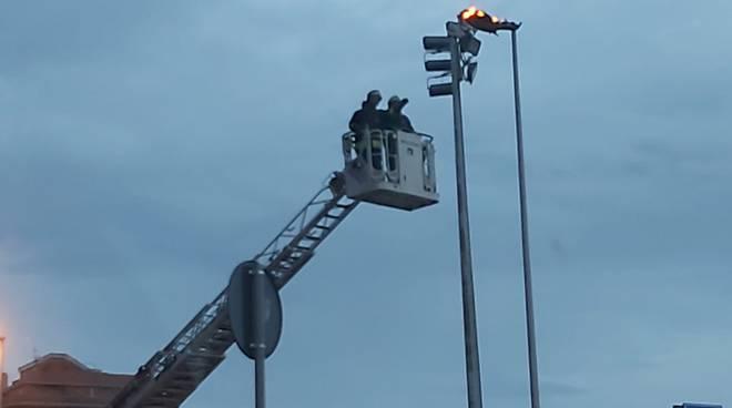 lampione-a-fuoco-151110