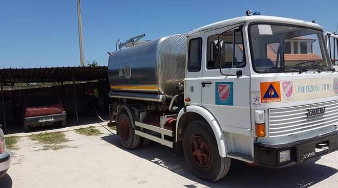 autobotte-acqua-152603