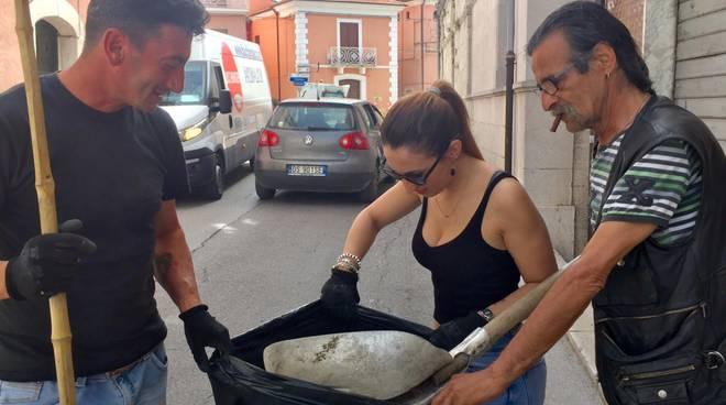 casacalenda-sindaco-ripulisce-citta-152272
