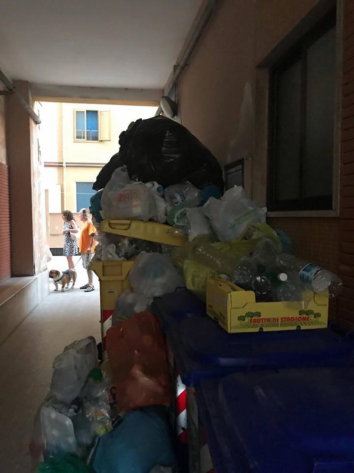 immondizia-via-mazzini-153336
