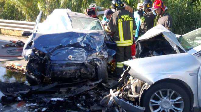incidente-ss16-petacciato-153323