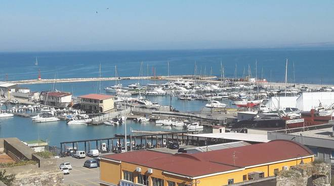 Porto turistico e Torretta