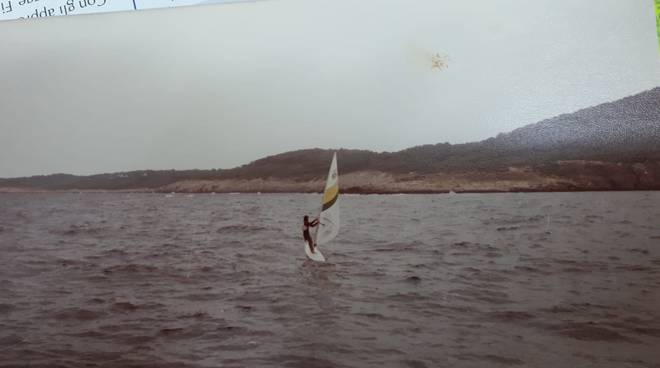 antonio-windsurf-154393