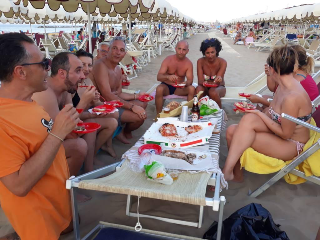 aperitivo-in-spiaggia-153777